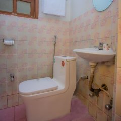 Отель OYO 267 Hotel Tanahun Vyas Непал, Катманду - отзывы, цены и фото номеров - забронировать отель OYO 267 Hotel Tanahun Vyas онлайн ванная