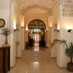 Hotel Adria Бари интерьер отеля