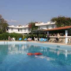 Отель Gorgona бассейн фото 3