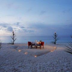 Отель Fuana Inn Мальдивы, Северный атолл Мале - отзывы, цены и фото номеров - забронировать отель Fuana Inn онлайн пляж фото 2