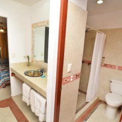 Hotel Suites Ixtapa Plaza ванная фото 2