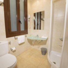 Отель Ciudad Condal Paseo de Gracia Испания, Барселона - отзывы, цены и фото номеров - забронировать отель Ciudad Condal Paseo de Gracia онлайн ванная