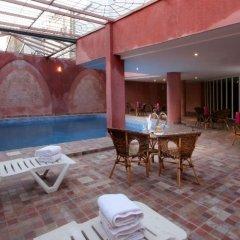 Отель Tghat Марокко, Фес - отзывы, цены и фото номеров - забронировать отель Tghat онлайн бассейн фото 3