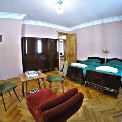 Classical Green Hostel Тбилиси комната для гостей фото 3