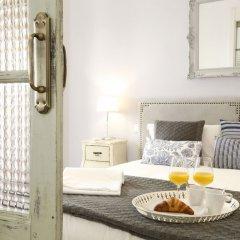 Отель Reina Sofia Boutique - Madflats Collection Мадрид в номере фото 2