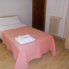 Отель Hostal Olga Испания, Мадрид - 1 отзыв об отеле, цены и фото номеров - забронировать отель Hostal Olga онлайн комната для гостей фото 2