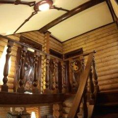 Гостиница Коттедж Уютный в Ае отзывы, цены и фото номеров - забронировать гостиницу Коттедж Уютный онлайн Ая балкон