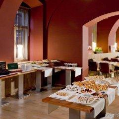 Отель Barcel�_ Old Town Praha интерьер отеля