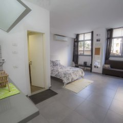 Апартаменты Boutique Studio Рамат-Ган комната для гостей фото 3