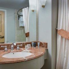 Отель Jw Marriott Santa Monica Le Merigot Санта-Моника ванная фото 2