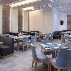 Отель Four Points by Sheraton Sharjah питание