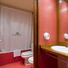Отель Aparthotel La Vall Blanca ванная
