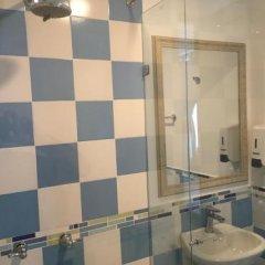 Отель Tostaky Колумбия, Кали - отзывы, цены и фото номеров - забронировать отель Tostaky онлайн ванная