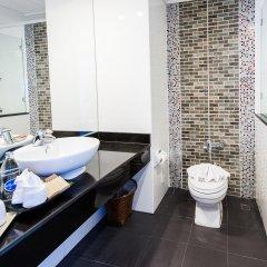 Отель Pinnacle Grand Jomtien Resort ванная