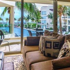 The Elements Oceanfront & Beachside Condo Hotel Плая-дель-Кармен интерьер отеля фото 3