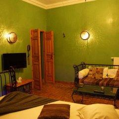 Hotel Riad Льеж комната для гостей