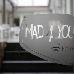 Mad4you Hostel городской автобус
