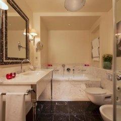 Гостиница Рокко Форте Астория 5* Номер Classic с двуспальной кроватью фото 29