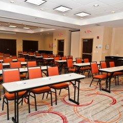 Holiday Inn Express Hotel & Suites Columbus - Easton Колумбус
