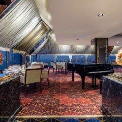 Отель Hilton Izmir гостиничный бар