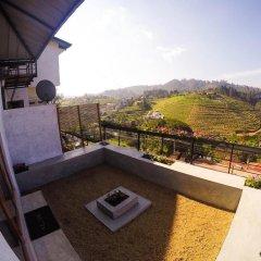 Отель Lark Nest Hotel Шри-Ланка, Амбевелла - отзывы, цены и фото номеров - забронировать отель Lark Nest Hotel онлайн балкон