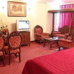 Отель Grand Sartaj Hotel Индия, Нью-Дели - отзывы, цены и фото номеров - забронировать отель Grand Sartaj Hotel онлайн интерьер отеля фото 2