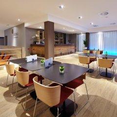 Отель Occidental Praha гостиничный бар