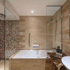Отель Novotel Singapore Clarke Quay ванная фото 2