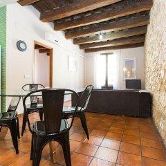 Отель AinB Las Ramblas-Guardia Apartments Испания, Барселона - 1 отзыв об отеле, цены и фото номеров - забронировать отель AinB Las Ramblas-Guardia Apartments онлайн интерьер отеля
