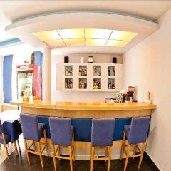Отель Regina Elena Черногория, Будва - отзывы, цены и фото номеров - забронировать отель Regina Elena онлайн гостиничный бар