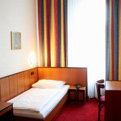 Отель Drei Kronen Vienna City Австрия, Вена - 1 отзыв об отеле, цены и фото номеров - забронировать отель Drei Kronen Vienna City онлайн комната для гостей фото 5