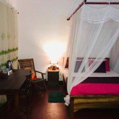 Отель Araliya Villa Fort комната для гостей фото 2