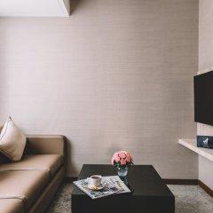 Отель Adelphi Suites Bangkok комната для гостей фото 4