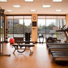 Отель Beverly Hills Marriott фитнесс-зал фото 2