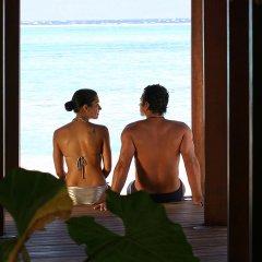 Отель Sofitel Moorea la Ora Beach Resort Французская Полинезия, Папеэте - 1 отзыв об отеле, цены и фото номеров - забронировать отель Sofitel Moorea la Ora Beach Resort онлайн бассейн