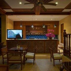 Отель Chanalai Garden Resort, Kata Beach гостиничный бар