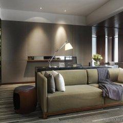Отель Hansar Bangkok интерьер отеля