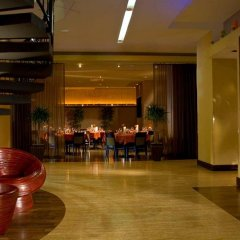 Отель DoubleTree by Hilton Bethesda - Washington D.C. США, Бетесда - отзывы, цены и фото номеров - забронировать отель DoubleTree by Hilton Bethesda - Washington D.C. онлайн гостиничный бар