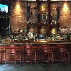 The Belvedere Hotel гостиничный бар