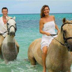 Отель Jewel Dunn's River Adult Beach Resort & Spa, All-Inclusive Ямайка, Очо-Риос - отзывы, цены и фото номеров - забронировать отель Jewel Dunn's River Adult Beach Resort & Spa, All-Inclusive онлайн приотельная территория фото 2