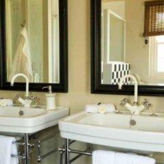 Отель River Bend Lodge ванная