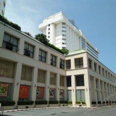 Отель Jomtien Palm Beach Hotel And Resort Таиланд, Паттайя - 10 отзывов об отеле, цены и фото номеров - забронировать отель Jomtien Palm Beach Hotel And Resort онлайн парковка
