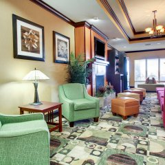 Отель Comfort Suites Vicksburg интерьер отеля фото 2