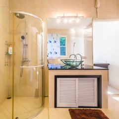 Отель On The Beach Villa by Lofty ванная