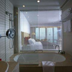 Отель Crowne Plaza Abu Dhabi Yas Island ванная фото 2