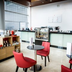 Hilton Warsaw Hotel & Convention Centre питание