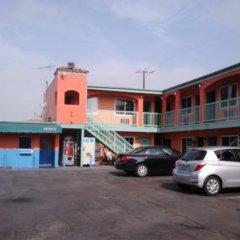Отель Budget Motel США, Лос-Анджелес - отзывы, цены и фото номеров - забронировать отель Budget Motel онлайн парковка