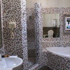 Гостиница Van Hotel в Калуге отзывы, цены и фото номеров - забронировать гостиницу Van Hotel онлайн Калуга ванная