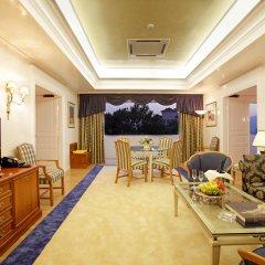 Theoxenia Palace Hotel комната для гостей