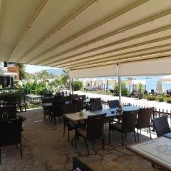 Отель Beachwood Villas гостиничный бар